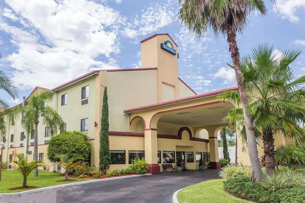 Days Inn Sarasota - Siesta Key