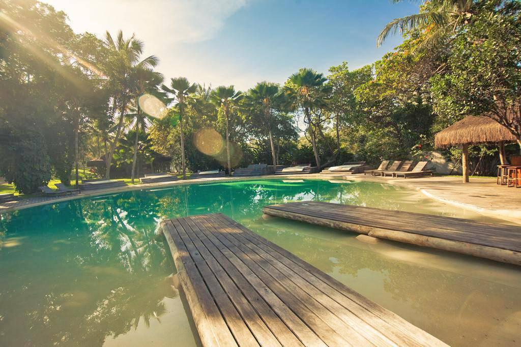 Madeiro Beach Hotel & Resort