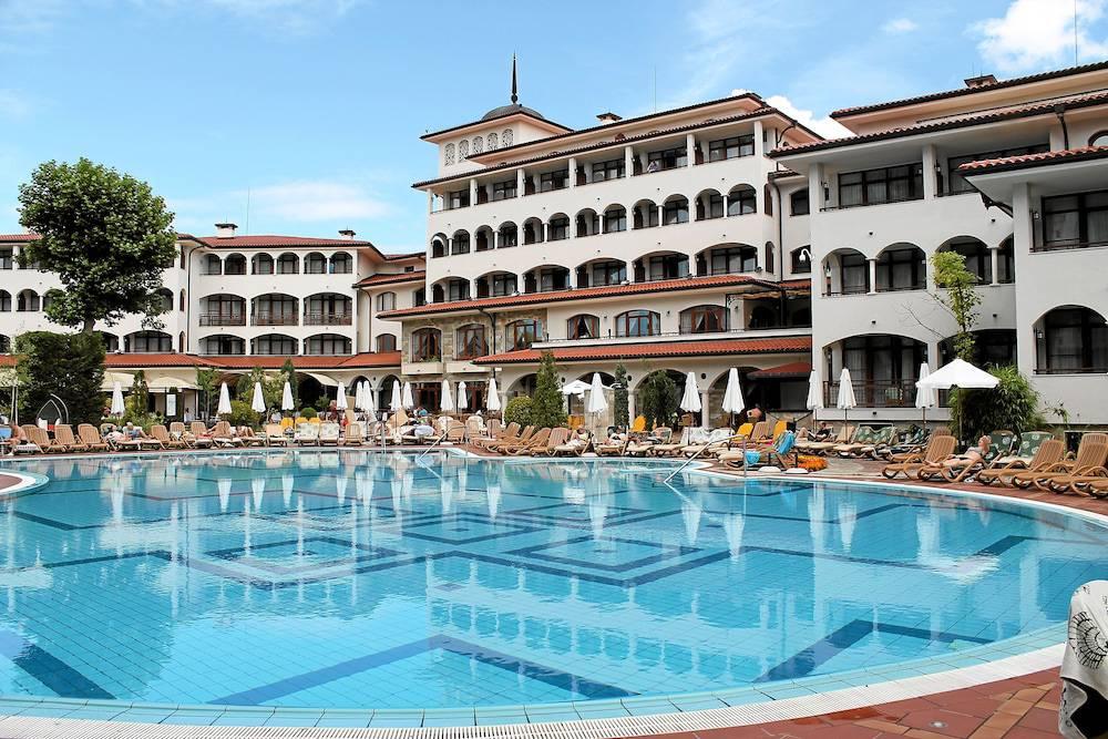 """Hotel """"Helena Park"""""""