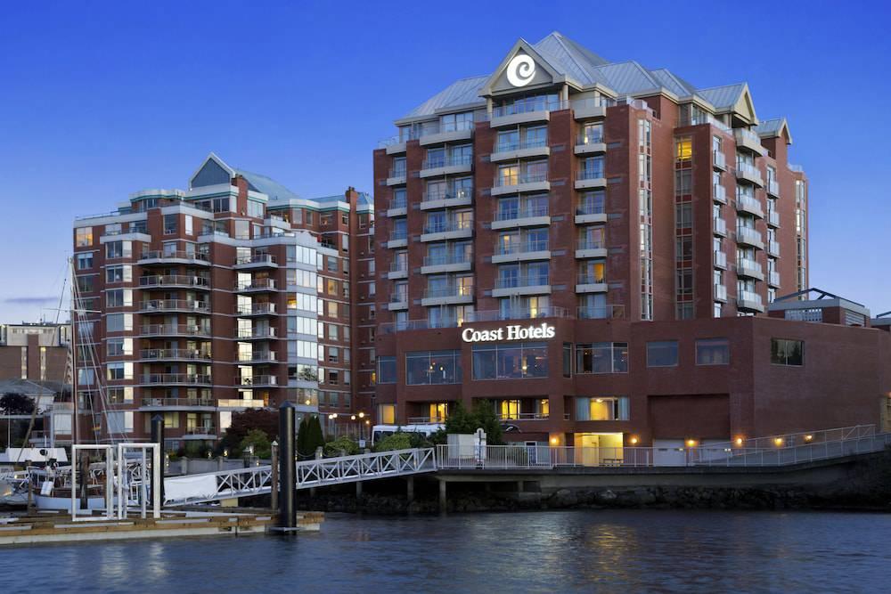 Coast Victoria Harbourside Hotel & Marina